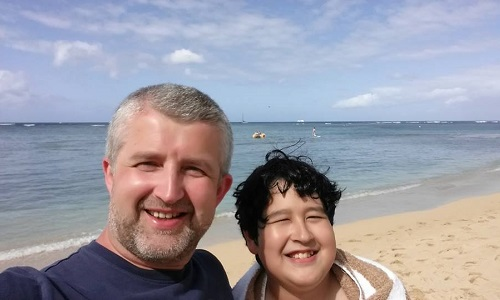Isaac & Ales Waikiki Beach 500 x 300