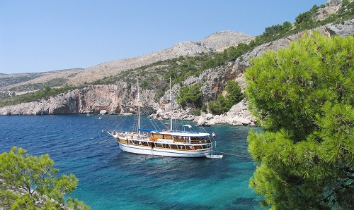 Croatia: Intimate cruising in the Adriatic Sea