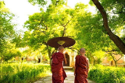 thailand-two-little-buddhist-monks